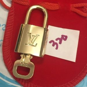 Louis Vuitton lock and key 320